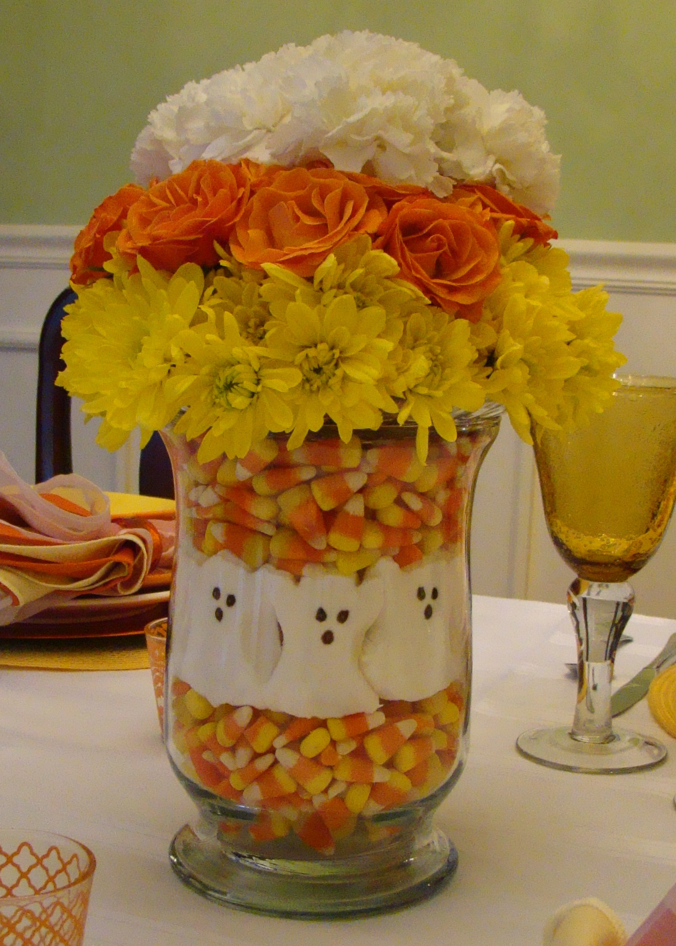 Candy corn creative « pockets filled with posies